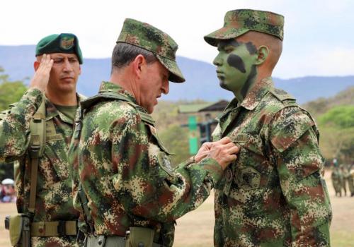 Compra de sentencias derivadas de la declaratoria de responsabilidad del Estado con los soldados conscriptos