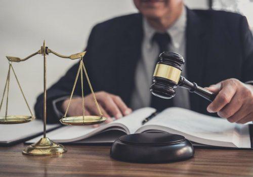 ¿Cómo se aplican los intereses moratorios en la compra de sentencias?